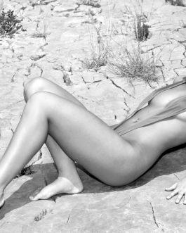 Sexy Blonde Frau In Dessous 5